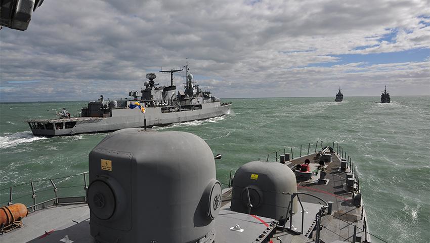 Intensa etapa de la Flota en el mar