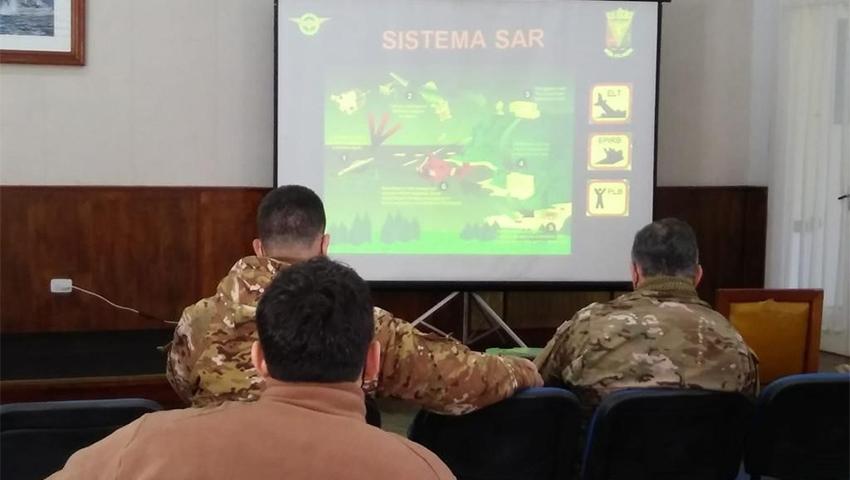 Reservistas de la Armada y del Ejército se capacitaron en Punta Indio